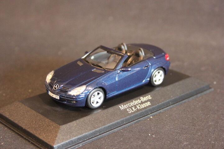 Minichamps (DV) Mercedes-Benz SLK-Klasse 1 43 Benetoitblue (JS)
