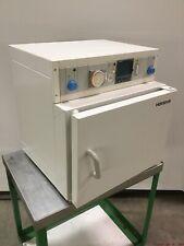 Heraeus T6030 Benchtop Batch Convection Heatingdrying Oven 300c 120vac 08kw 1