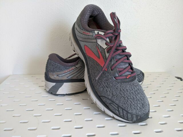 Running Shoes Gray/Pink/Silver Size 9.5