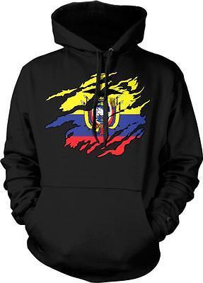Ecuador Heart Flag Ecuadorian Pride Bandera Orgullo Ecuatoriano Mens T-shirt