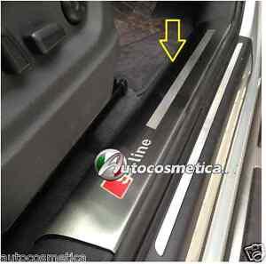 battitacchi-Protezione-Soglie-plastiche-interne-in-acciaio-Satinato-Audi-Q3