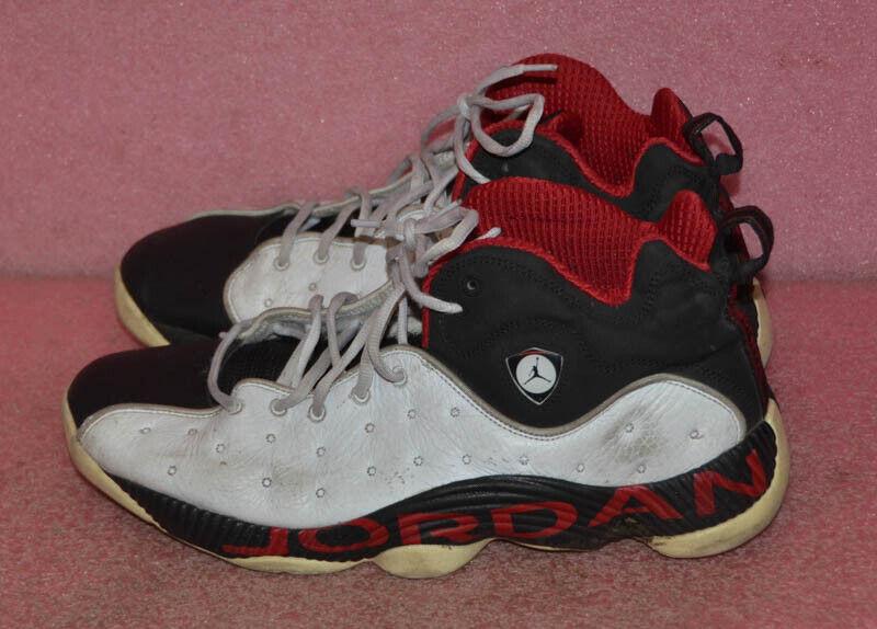 Nike Jordan Jumpman Team II Basketball shoes 819175-101 Size 13.
