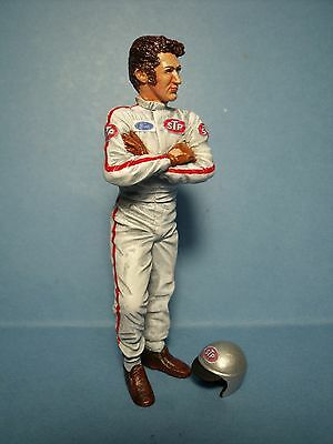 Discreet Mario Andretti 1/18 Unpainted Figure Made By Vroom Scale Figure Dioramas Toys & Hobbies