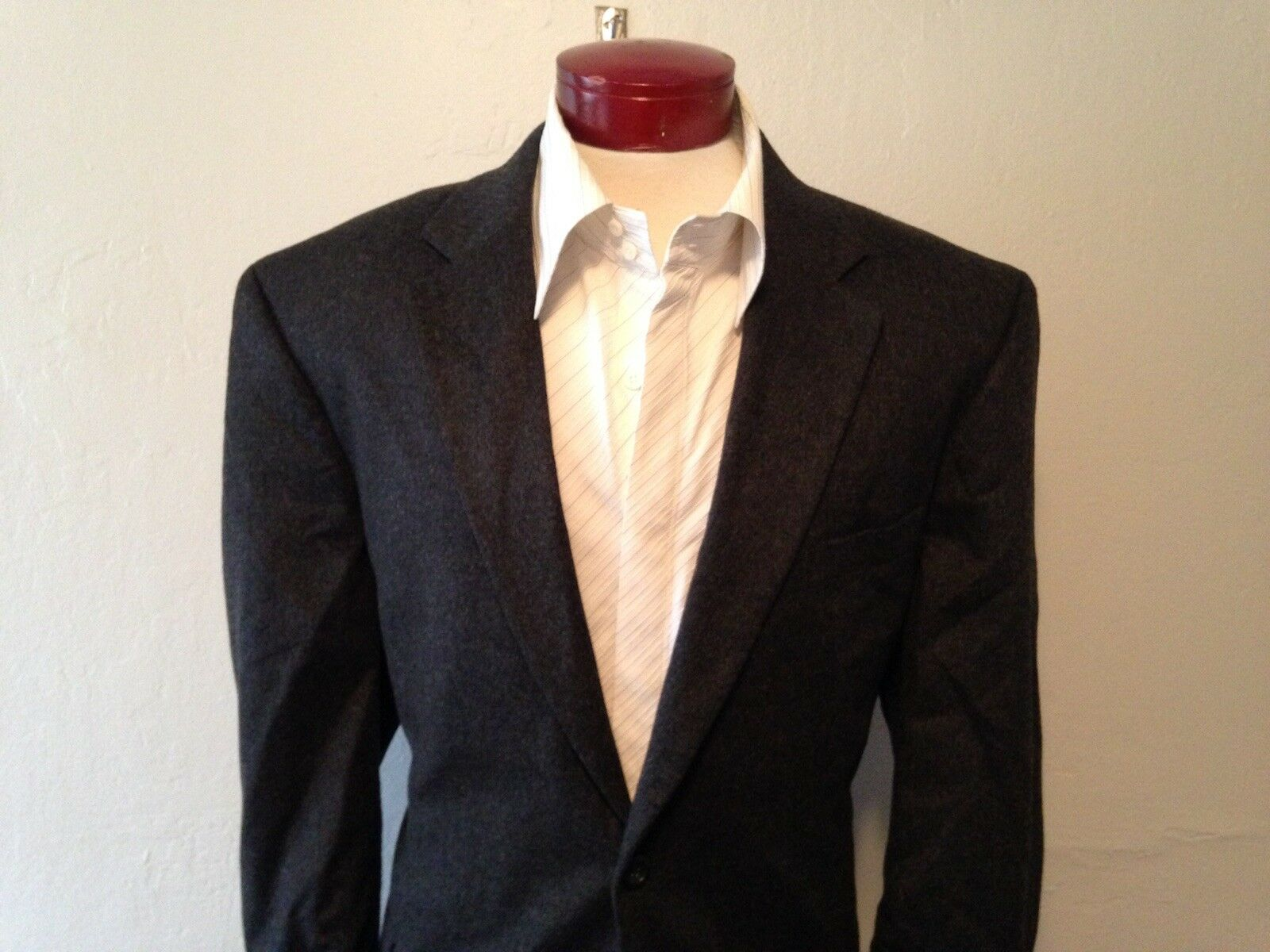 G136 Jos. A. Bank 100% Cashmere Charcoal Two Button Blazer Sport Coat Sz 46R