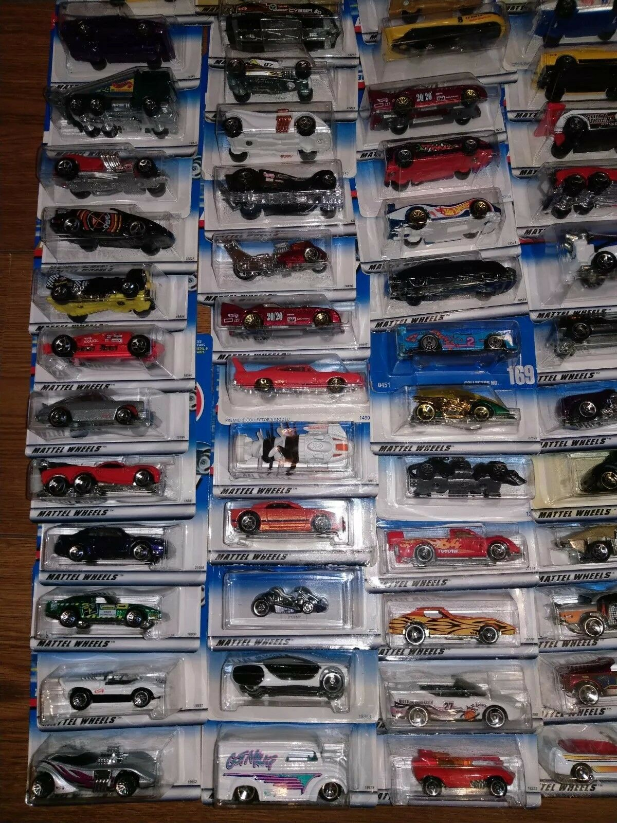 Huge Lot Of 73 Hot Wheels Cars 1990 To To To 1999 Lot 12 3764c6