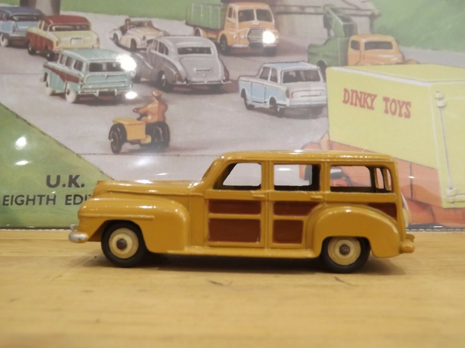 Dinky Toys No 344 27f Plymouth Estate car boxed VNMB