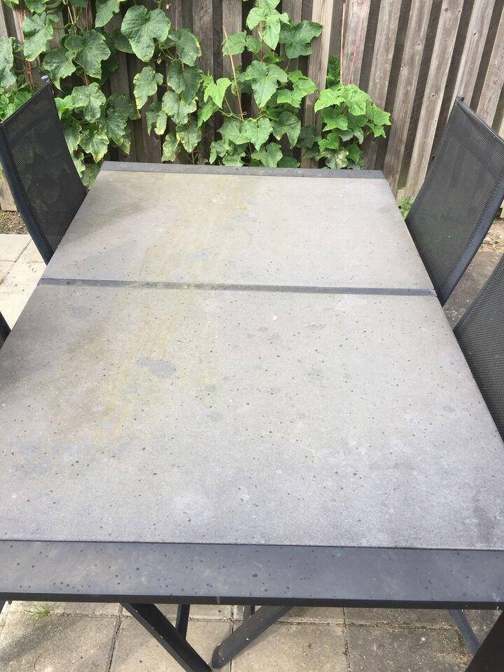 Havemøbelsæt, Ukendt, Stenplader med stålstel