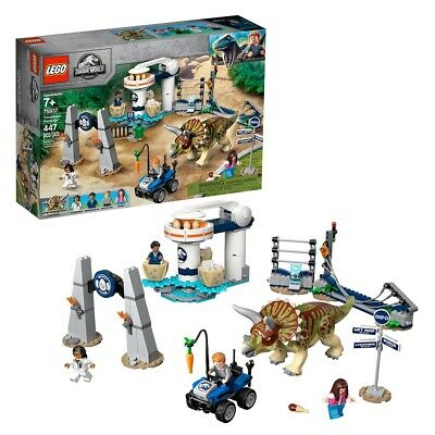 LEGO Jurassic World Triceratops Rampage Dinosaur Toy with 4 Minifigures 75937