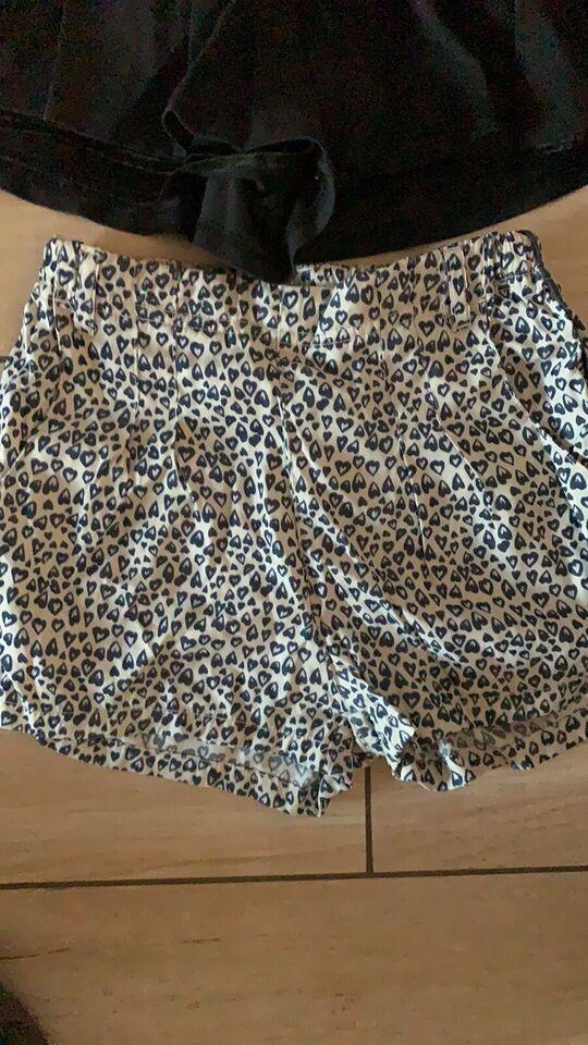 Shorts, Shorts , Pomp de lux