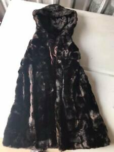 Vintage-Tissavel-for-Country-Pacer-Sleeveless-Faux-Fur