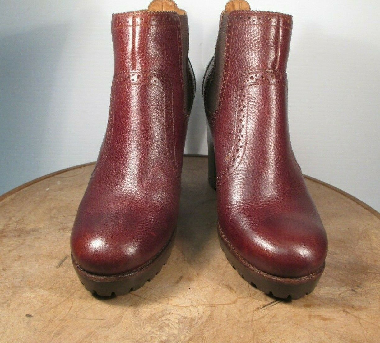 Sperry Top-Sider  Claremont Chelsea  Brown Leather Ankle Boot Lug Heel Size 9 M