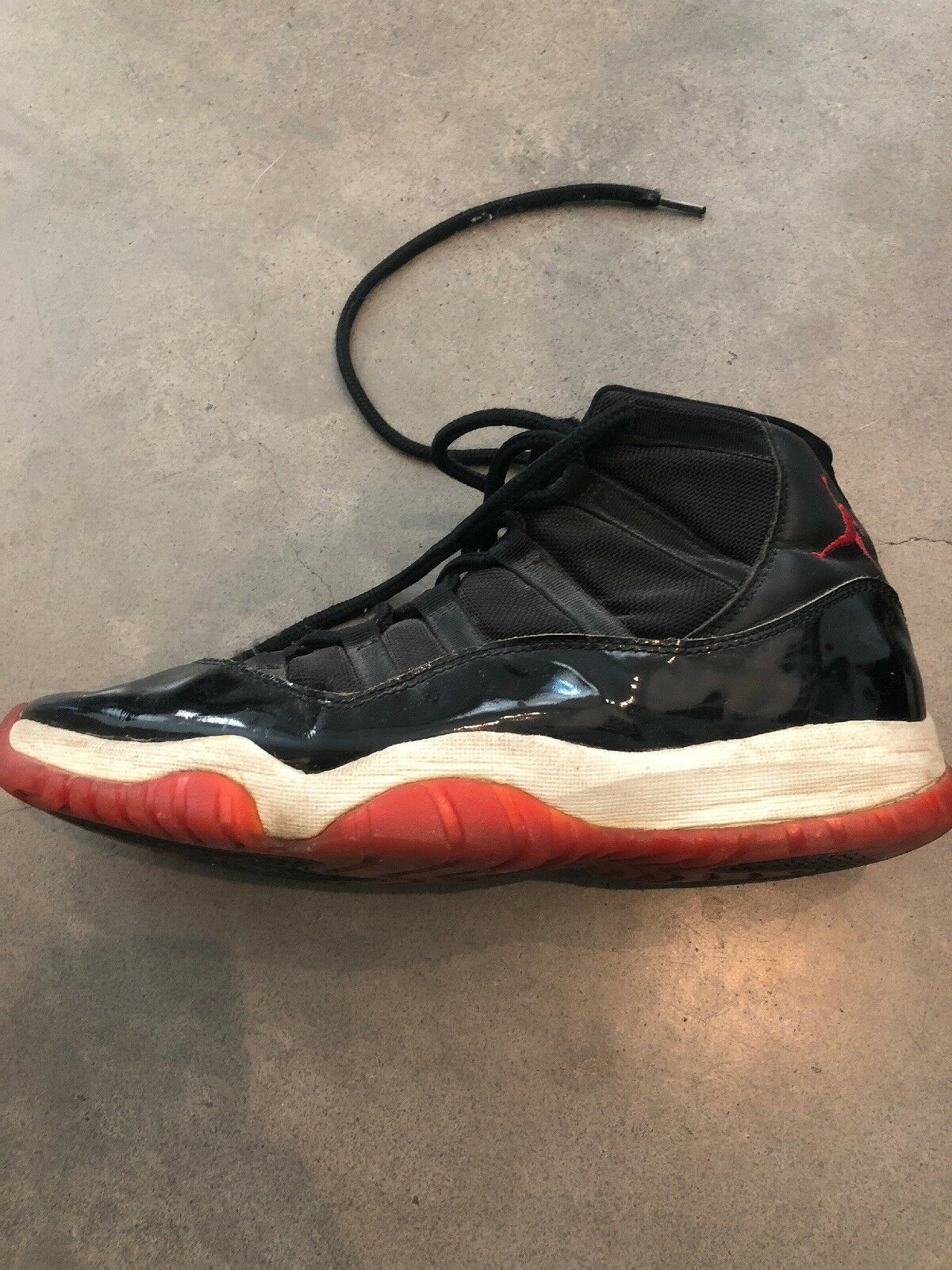 Original Jordan 11 (XI) Black   Red from 1995