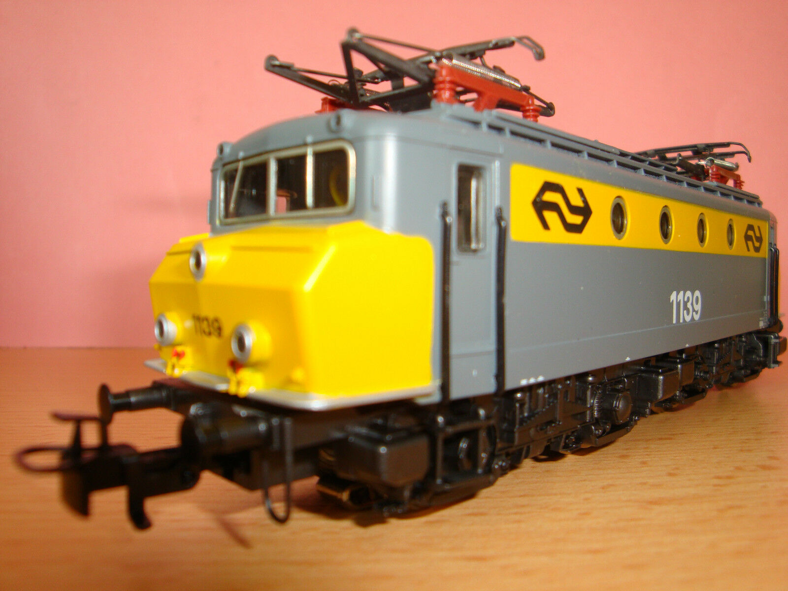 Märklin 3324, E-Lok, E-Lok, E-Lok, BR 1100 der NS, grau gelb, Betr.nr. 1139, im OK  | Vorzügliche Verarbeitung  1f11bd