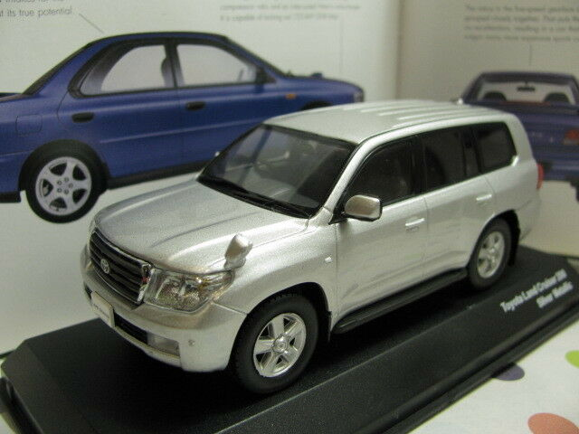 1 1 1 43 Kyosho Toyota Land Cruiser 200 Diecast 2e262b