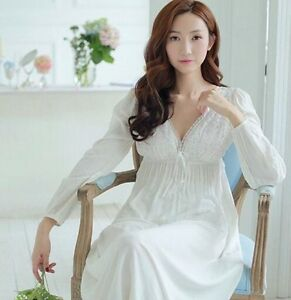 Women Sexy White Lace Nightgown Vintage Style V-Neck Long Sleeve ... d5f035c46476