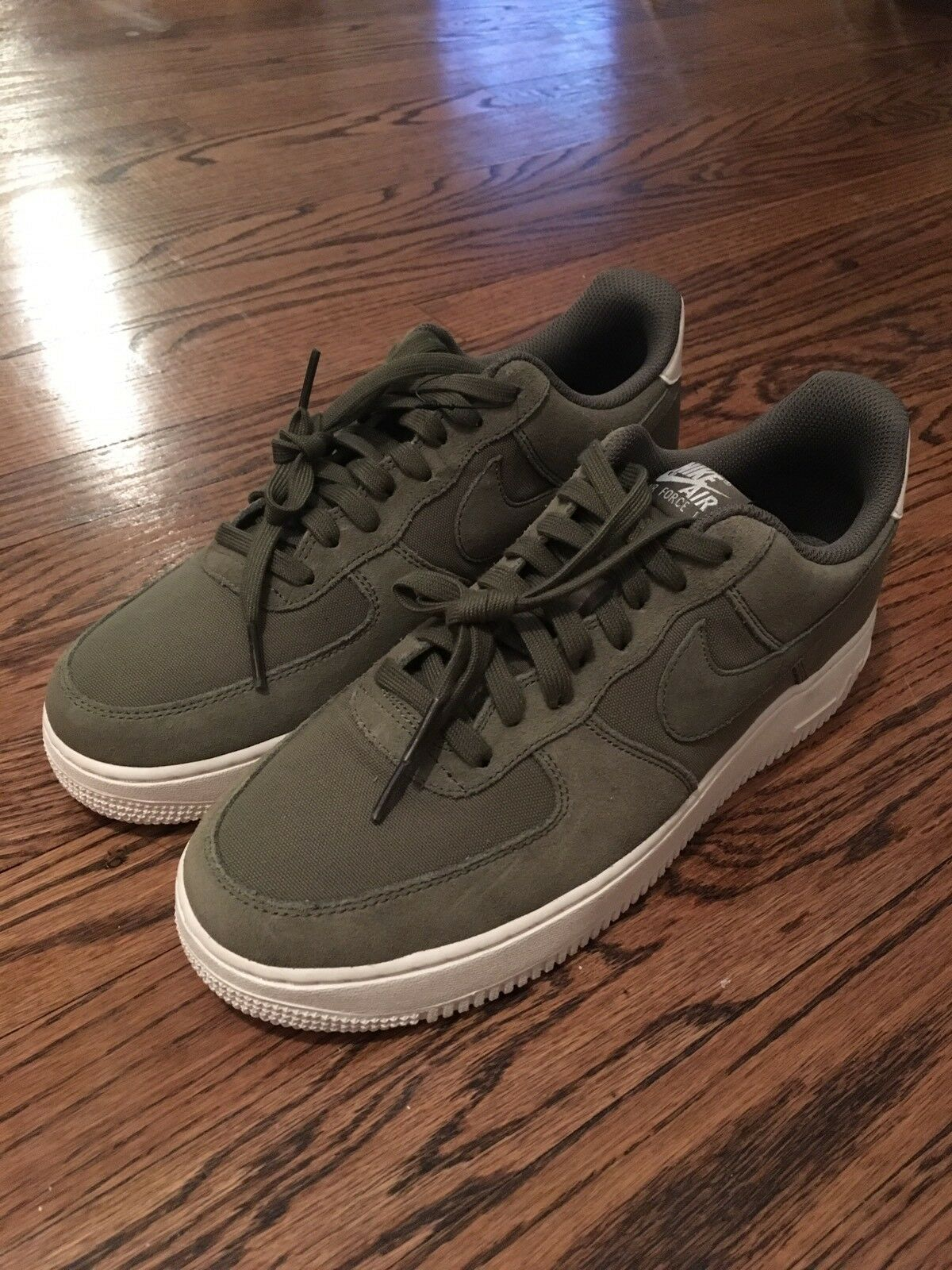 Nike Air Force 1 '07 Suede Medium Olive Sz 9 AO3835-200