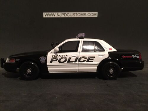 Teaneck Police NJ 1:24 Scale Ford Crown Victoria Police Car **SALE PRICE**