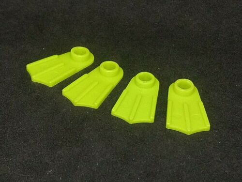 Lego Accessory Footgear Flippers 2599 Lime Green x4; ideal for Aquazone!