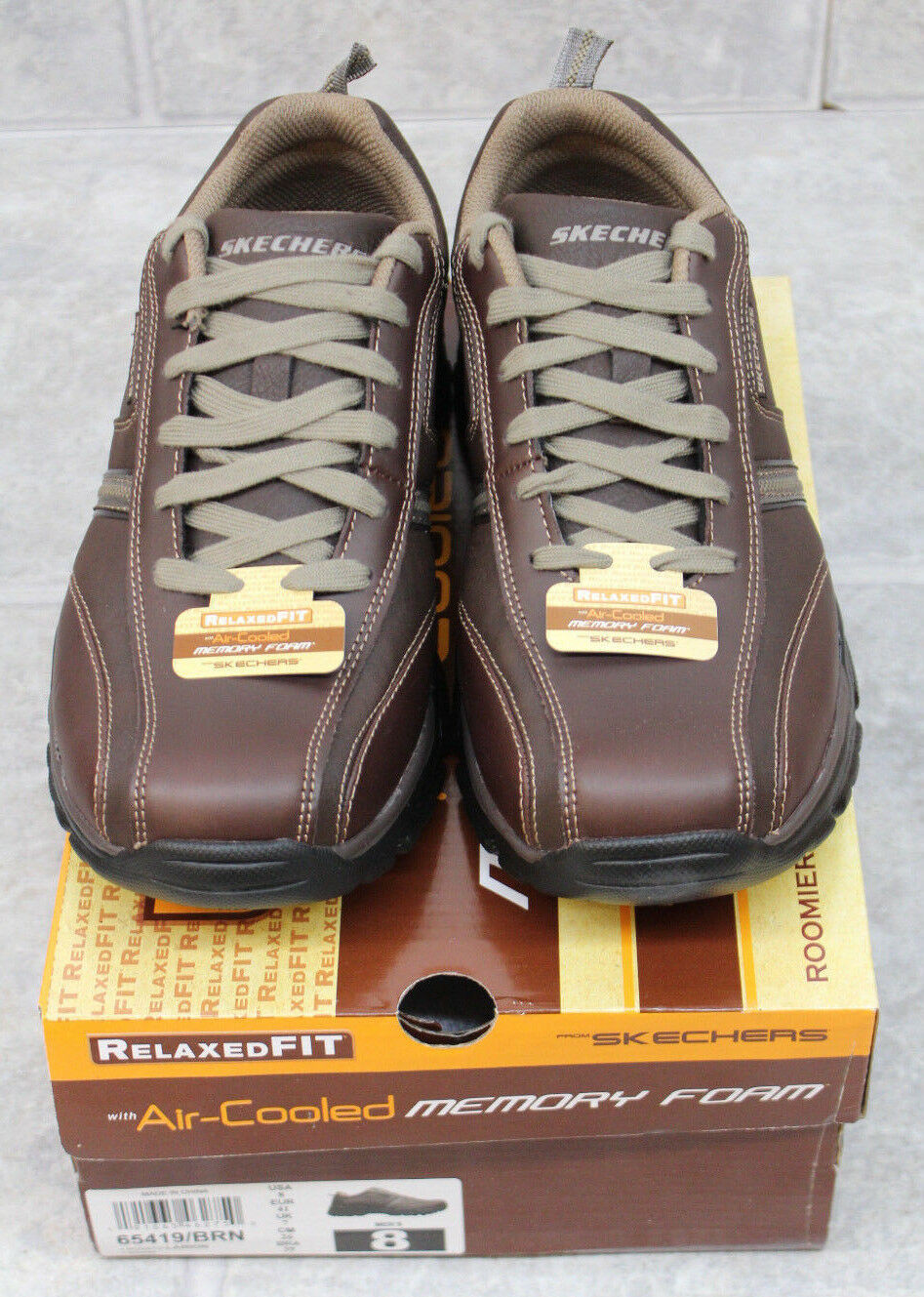 Skechers Men's Relaxed Fit Rovato Larion Bicycle Toe shoes 65419 BRN Size 8