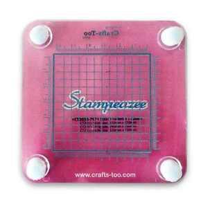 Crafts Too - Stampeazee GRID /BLOCK STAMPING AID 110mm x 110mm