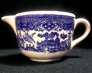 BLUE-WILLOW-VINTAGE-IRONSTONE-CREAMER-ROYAL-CHINA-VGC