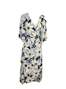 NWT Label Of Love Womens Size M Maxi Wrap Dress Kimono Short Sleeves