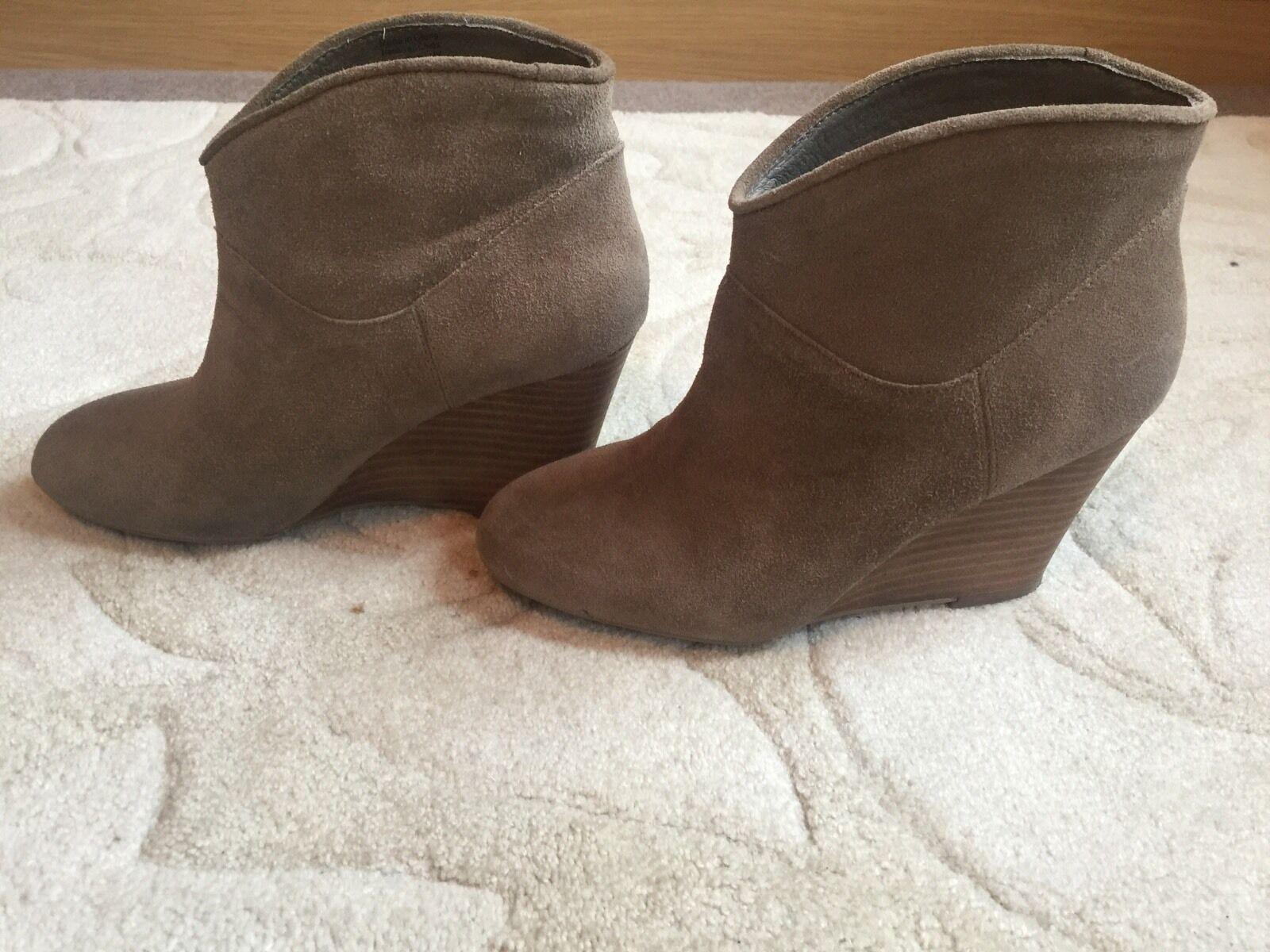 Aldo Boots - Wedge Size 3