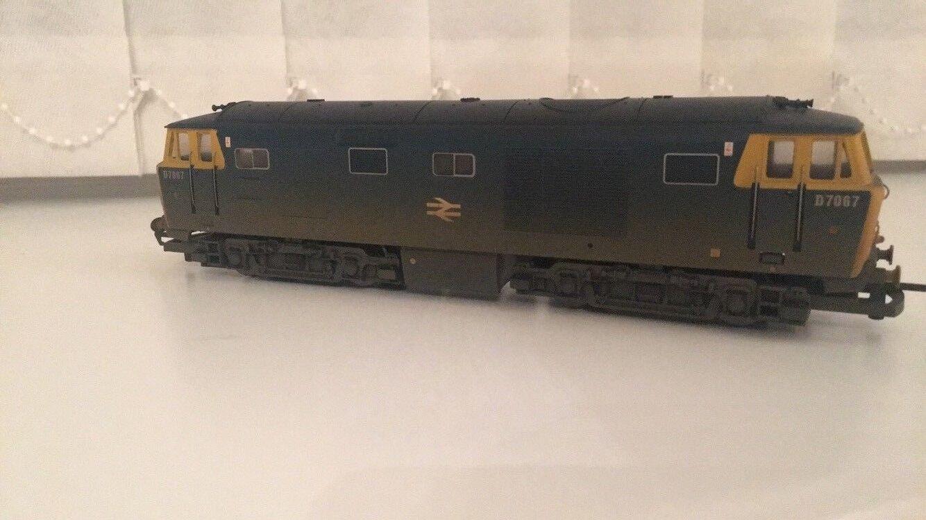 Hornby R2423 BR Bo-Bo Diesel Hydraulic Class 35 Locomotive Weatherojo Edition NEW