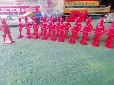 20 Soldatini In Plastica 1/32 Marca Cherilea Made In Great Britain Anni 60 Design Accattivanti;