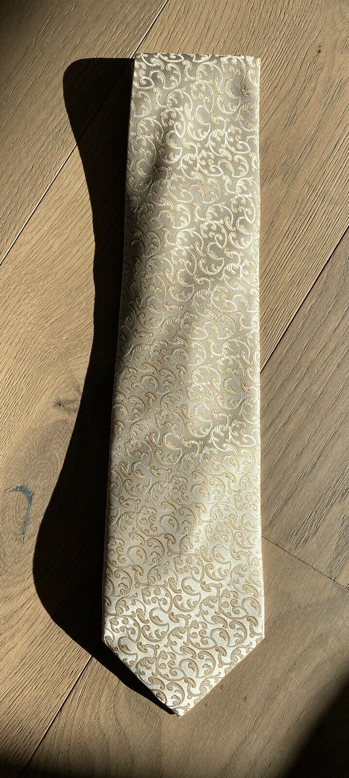 Mens Tie Formal Business Wedding Beige with very elegant pattern wneu