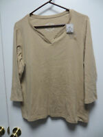 Cato Plus Sportswear Khaki Pull Over V-neck Top With Button Accents, Sz 18/20w