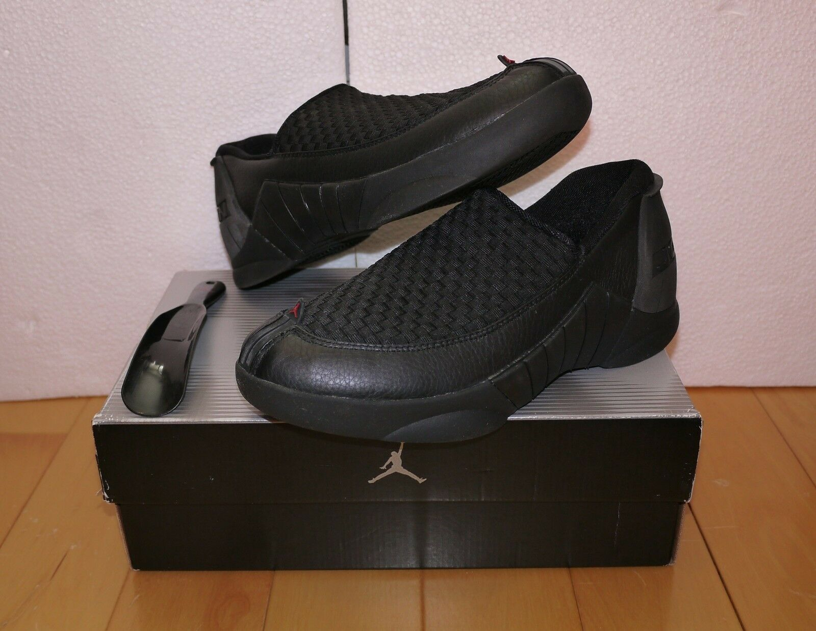 NIKE AIR JORDAN 15 MOC LOW SHOES (SIZE 8.5) (136042-002) NEW IN BOX w shoes Horn