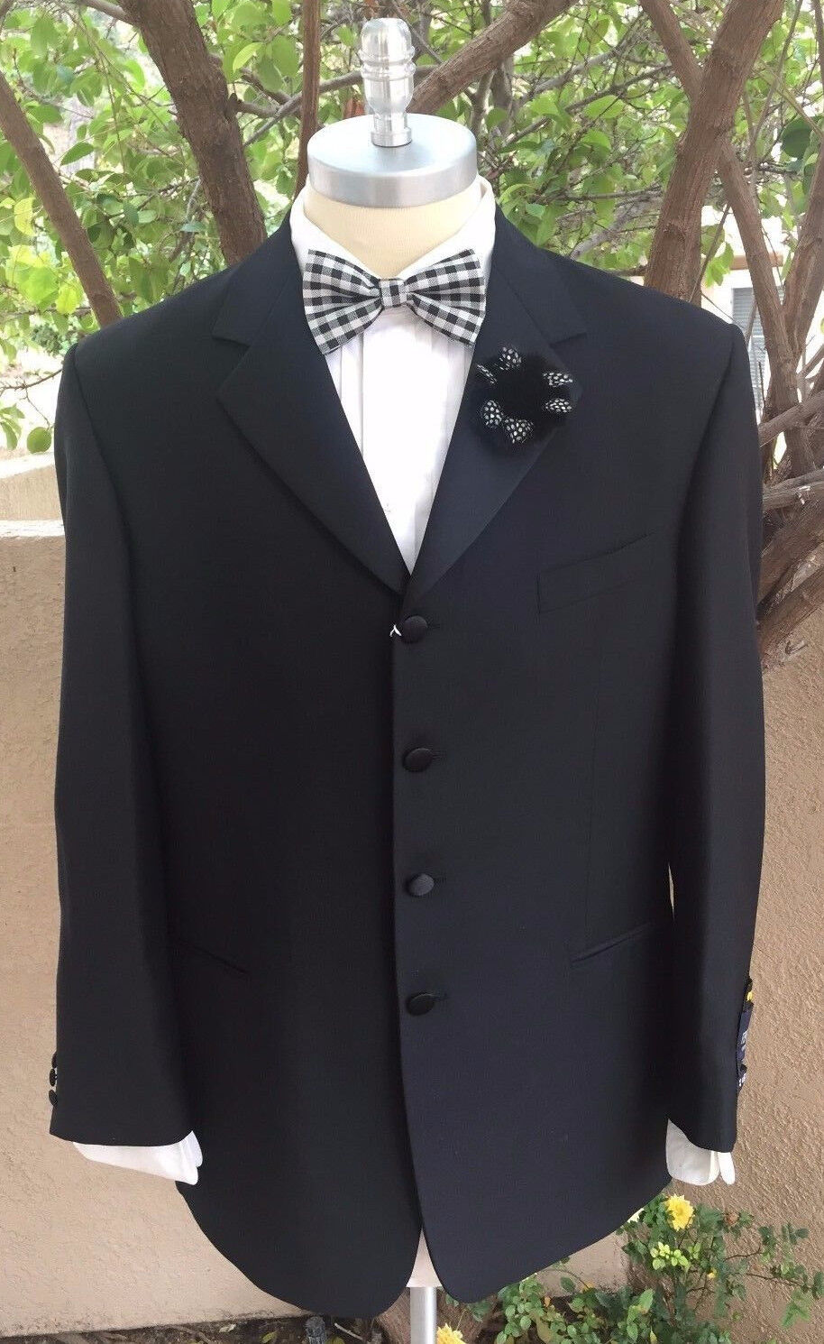 Veneto 4 Button Tuxedo Super 120's 100% Wool Hand TailoROT Made in  44 Long