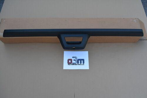 2009-2013 Chevrolet Avalanche Rear End Tailgate Black Spoiler molding new OEM