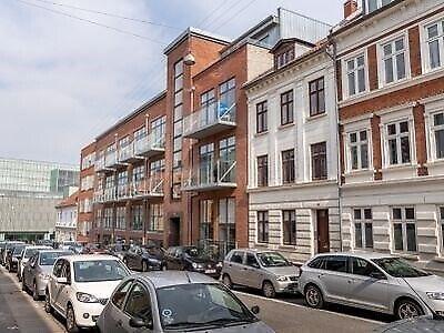 8000 vær. 1 lejlighed, m2 58, H.N. Clausens Gade