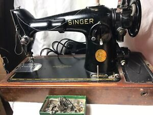 Singer-201-Sewing-Machine-Bentwood-Case-Feet-Pedal