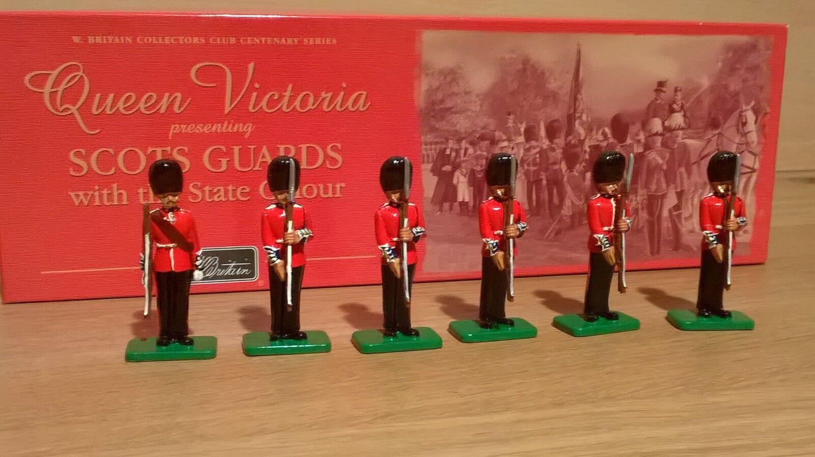 W BRITAINS 00294 Scots Guards Sgt Shoulder Arms Corporal & Private Present Arms