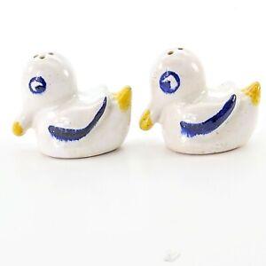Vintage-Salt-and-Pepper-Shakers-Ceramic-Ducks-Birds-Ducklings-Collectible-Set