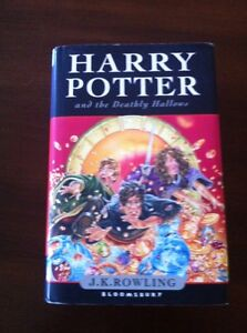 HARRY-POTTER-AND-THE-DEATHLY-HALLOWS-JKROWLING-608PAGS-BLOOMSBURY-HARDBACK