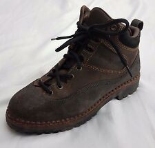 Patagonia Hiking Ankle Mid Boots Brown Leather Suede Womens US Sz 7.5 Made Italy