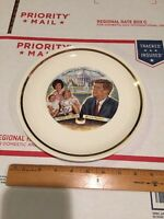 RARE �� 35th President John F Kennedy And  Family PLATE 1960s Vintage