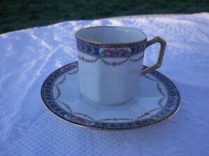Ancienne-tasse-amp-sous-tasses-porcelaine-Jolie-frise-Pts-roses