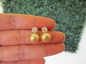 10.2mm South Sea Pearl w/ .30 CTW Diamond Earrings 18k Yellow Gold JS117E sep