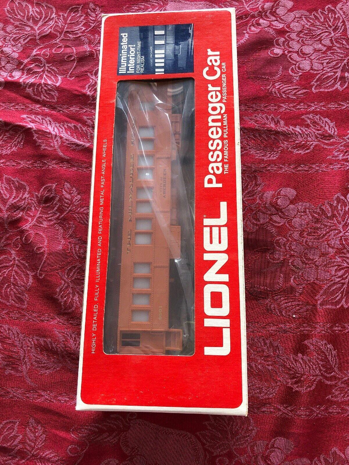 T10 Lionel O Scale Illuminated Milwaukee Aberdeen Passenger Car 9501 New
