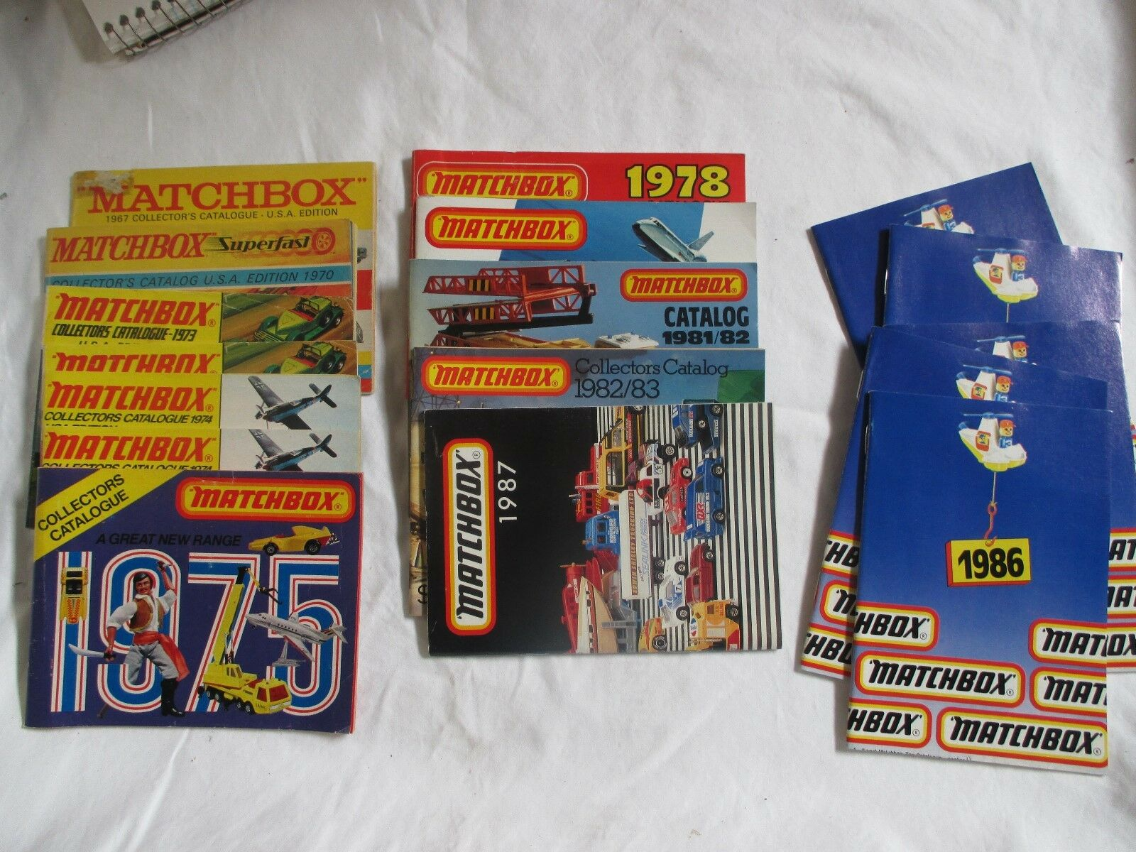 VINTAGE MATCHBOX COLLECTORS CATALOGS 17 IN ALL 1967-1986 ALL IN GOOD-MINT COND