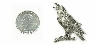 CROW-or-RAVEN-PIN-BADGE-HARRIS-PEWTER-USA-MADE-FREE-US-SHIPPING