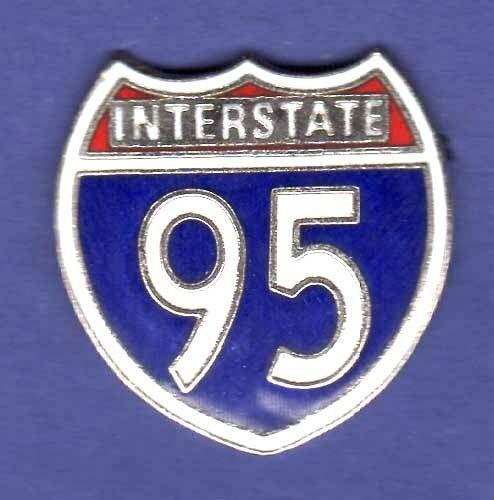 INTERSTATE I-95 HIGHWAY HAT PIN LAPEL PIN TIE TAC ENAMEL BADGE #1466