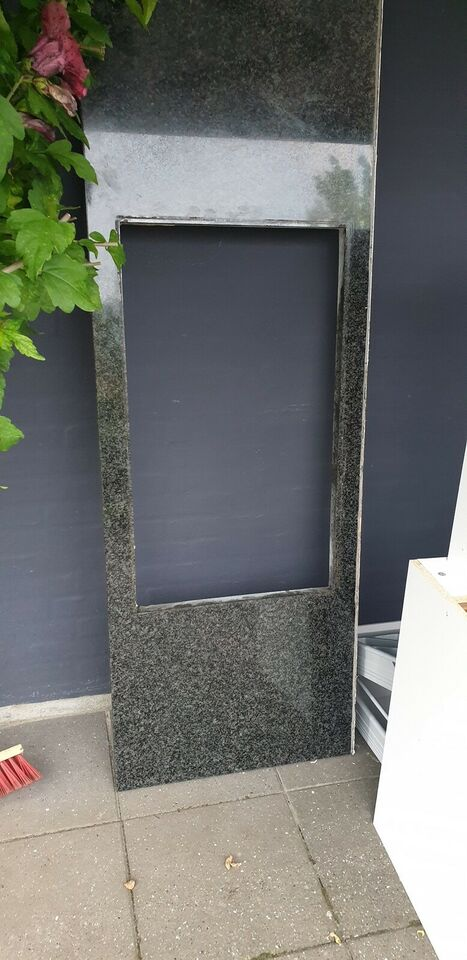 Bordplade, Granitplade. Nero. Evt til udekøkken