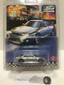 2020 Hot Wheels Boulevard Premium #2 Nissan Skyline Gt-r Bcn R33 Prata
