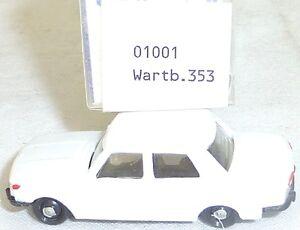Wartburg-353-Blanc-imu-Modele-Europeen-01001-H0-1-87-Emballage-GA5-A